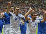 Euro 2012: Greece stun Russia to move into quarters