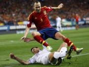 Germany, Spain held in thrillers as rain beats England