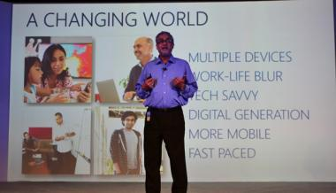 Windows 8 launches in India for Rs 699 and Rs 1,999