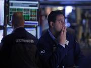 'Fiscal cliff' uncertainty keeps Wall Street subdued