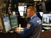 Wall Street ends slightly down, S&P positive for seventh week