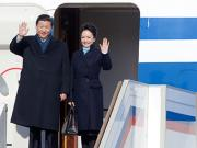 China's first lady Peng Liyuan sparks frenzy with style statement