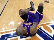 Kobe Bryant out indefinitely with ankle injury