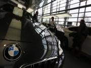 BMW recalls 220,000 vehicles in Takata airbag issue