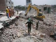 Bangladesh rescue operation near end; collapse death toll at 1,127