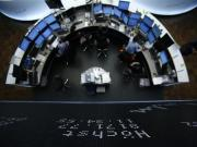 European shares stall on GDP but soon resume climb
