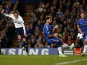 Spurs hold Chelsea after late strike by substitute Sigurdsson