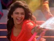 Deepika Padukone clears the air about SRK