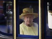 Queen Elizabeth II to skip C'wealth summit in Colombo