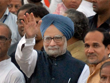 PM, Singhvi discuss Lokpal; govt to hold all party meet tom ...