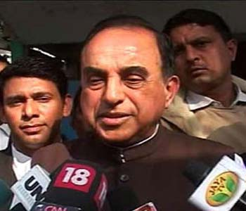 2G scam: Give evidence to probe Chidambaram, SC to Swamy | Firstpost
