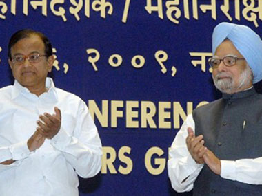 2G scam: Pranab rushing to New York to meet PM | Firstpost