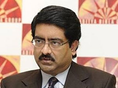 Now industrialist Birla falls victim to credit card fraud