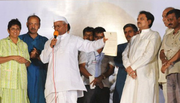 Jumping the shark: 3 signs that the Hazare movement is in big trouble