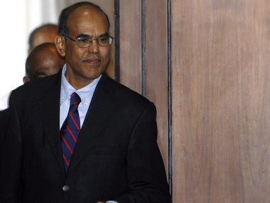 Subbarao blinks in growth vs inflation debate with finmin | Firstpost