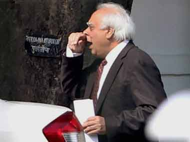 Is Sibal trying to clean up 2G spectrum mess or worsen it