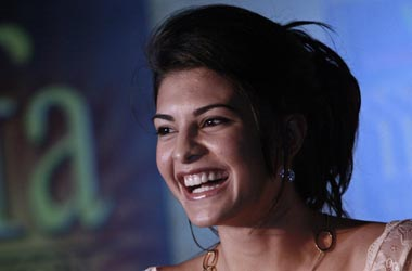 Jacqueline Fernandez roped in as lead in Hindi remake of The Girl On The Train