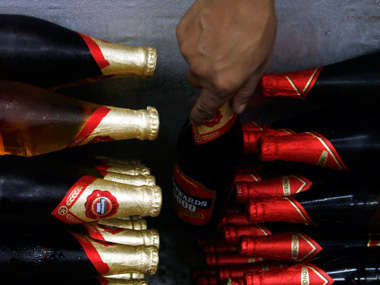 Supreme Court gives nod to Bihar liquor firms to dispose stock outside state