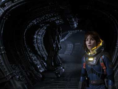 Review of Prometheus: Where earthlings fear to tread
