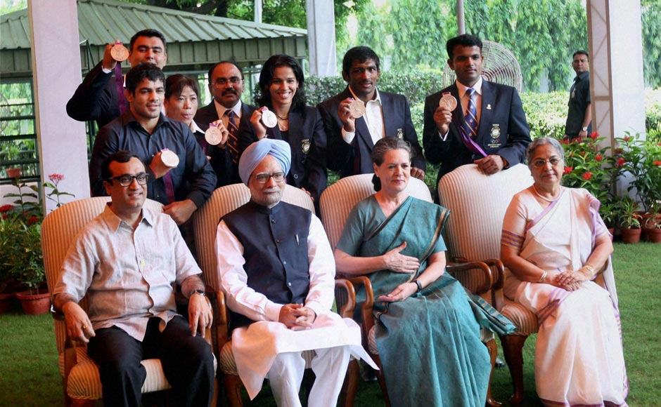 Images: India's Olympics medalists meet PM, Sonia, Advani