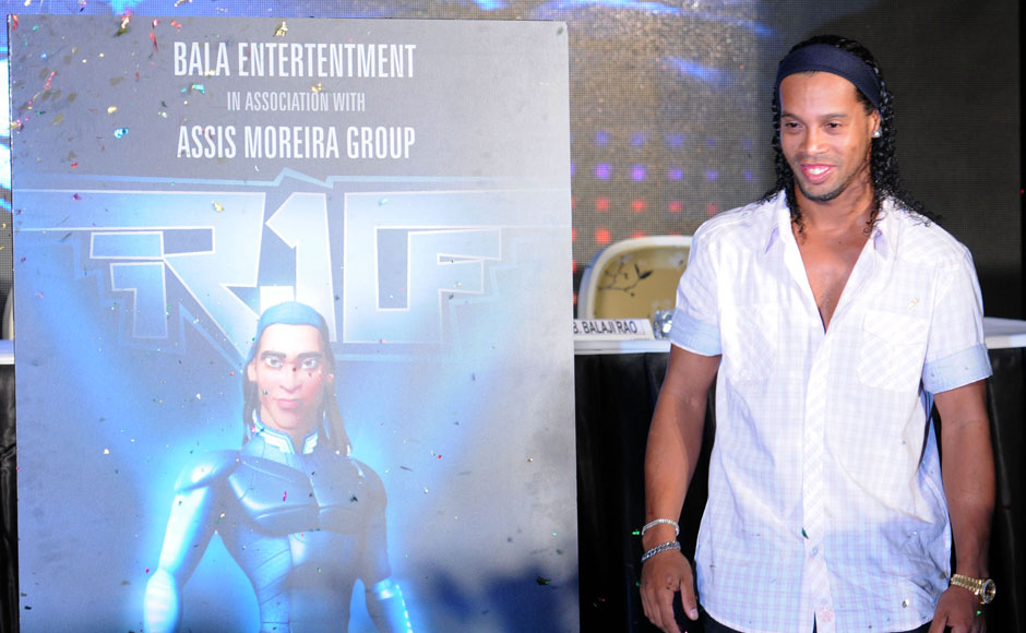 Images: Ronaldinho kicks off new film in Pune