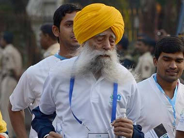 Fauja Singh at the Mumbai Marathon. AFP