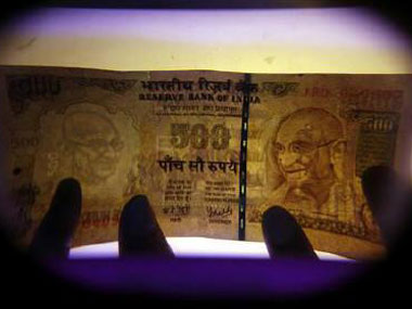 Why you should be betting against the rupee now