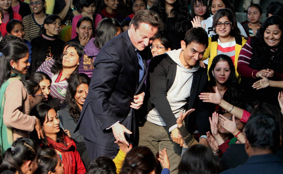 Images: Aamir Khan, David Cameron interact with college students