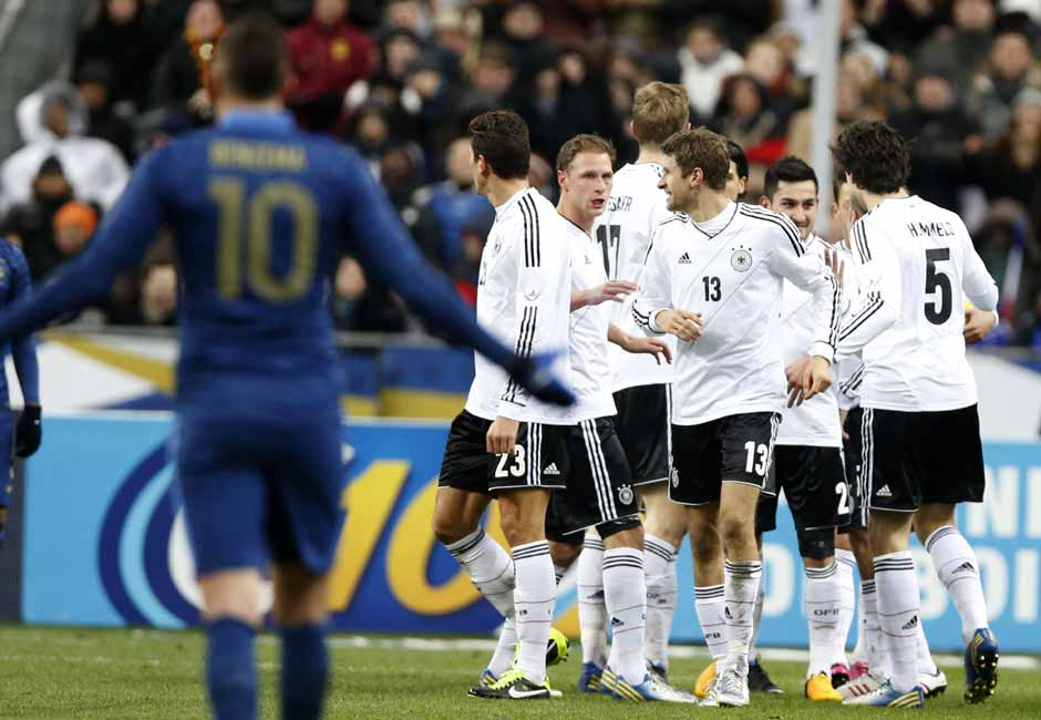 Germany broke their jinx against France in Paris. Thomas Mueller and Sami Khedira did the damage and Karim Benzema could only look on—helpless. Reuters