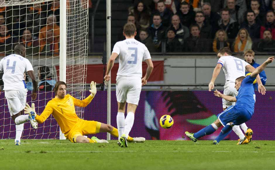 Marco Verratti's injury-time equaliser gave Italy a 1-1 draw against Netherlands — who fielded a side averaging 22.3 years. Reuters