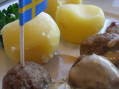 Ikea has withdrawn meatballs from sale in 14 European countries after tests in the Czech Republic found traces of horsemeat in a batch