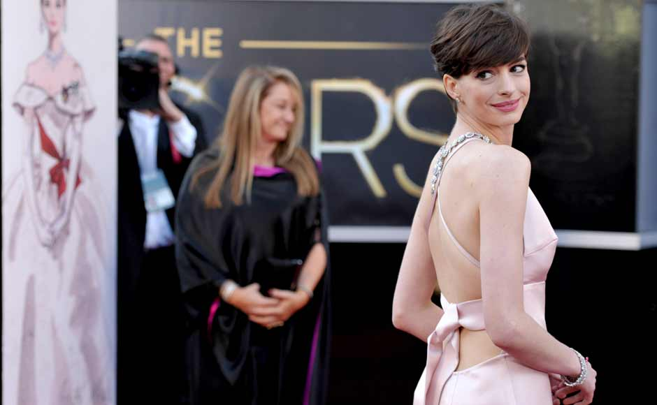 Images: Stars sizzle the red carpet at Oscars 2013
