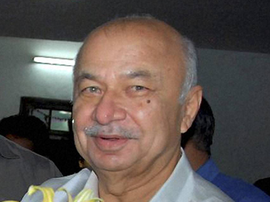 Liyaqat Shah arrest Shinde may ask NIA to investigate