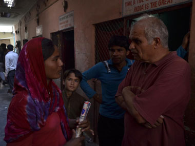 Nahar Singh with a Pakistani Hindu immigrant in the refugee camp in Bijwasan, South West Delhi. Danish Raza/Firstpost