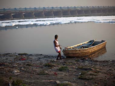 Delhi targets 25 green cover by 2025 officials say its possible only if DDA gives land on Yamuna river banks to forest department