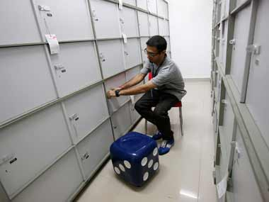 Banks wont compensate you for burglary or theft of your valuables in lockers reveals RTI query
