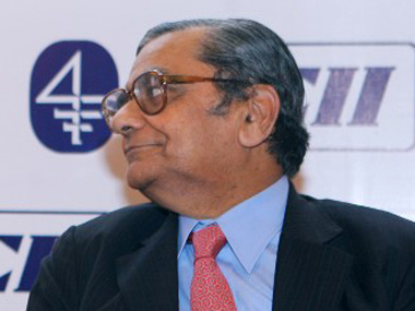 Sen and Bhagwati Why quarrel when both are right
