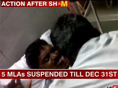 The assaulted police official had also been suspended following the incident. Image courtesy Ibnlive.