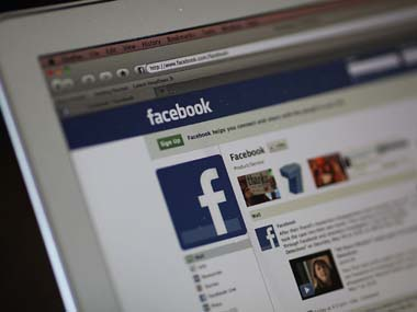 Students with good grades more prone to jealousy on FB study