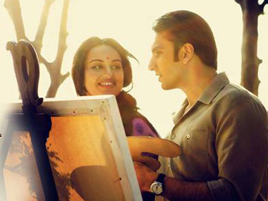 Review Sonakshi impresses but Lootera is boring