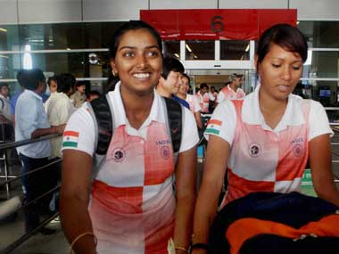 Goldmedal winning archery team come home to drab welcome