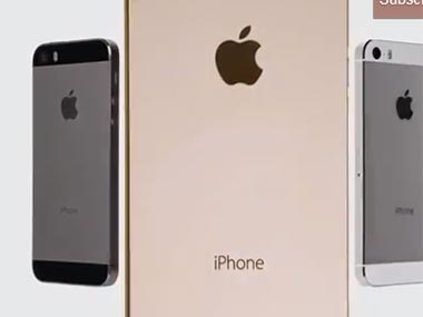 Screengrab of the iPhone 5s gold phone.