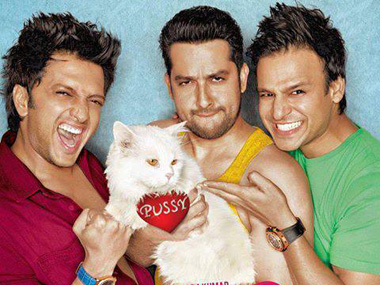 HC lifts stay on Grand Masti despite obscenity charges