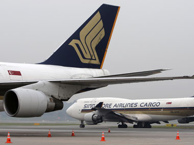 Singapore Airlines flight approaches wrong airport in Mumbai, diverted after Air Traffic Control notices; carrier denies charge