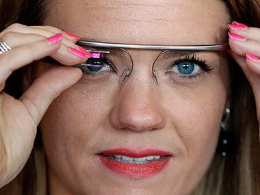 Google quietly paves way for new and improved Glass, aims at enterprise-only version