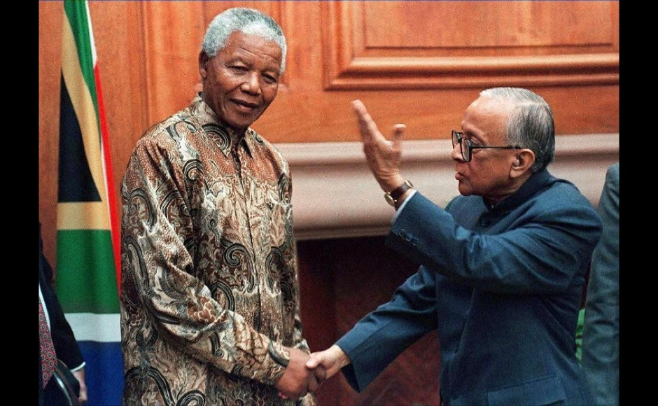 Jyoti Basu, Chief Minister of West Bengal in India, meets South African President Nelson Mandela (L) at his office in Pretoria 22 July. Basu is  on a nine-day visit to South Africa. AFP