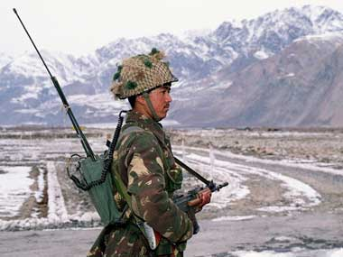 Siachen Glacier 35 years on vacating region will cost over 5000 lives to regain partial control and provide Pakistan edge