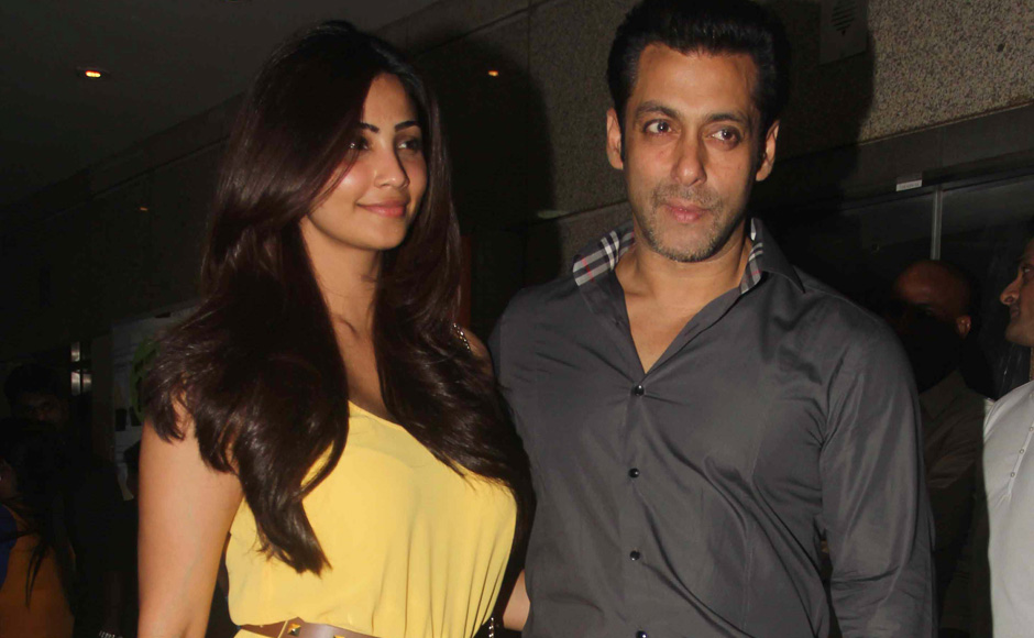Salman Khan joins family friends at special screening of Jai Ho