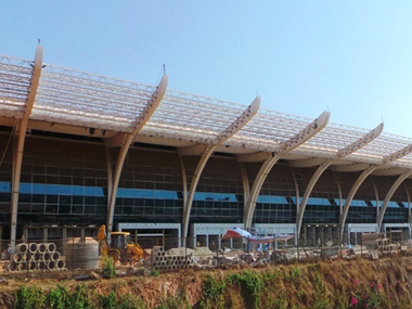 Dabolim airport to operate even after Mopa airport comes up says Manohar Parikkar