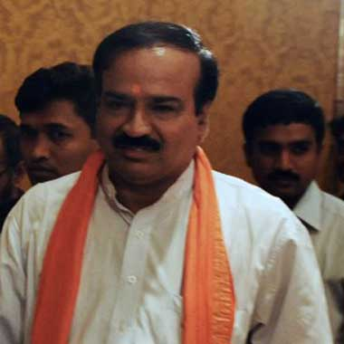 Union minister Ananth Kumar says no plans to curtail budget session govt wants meaningful discussions